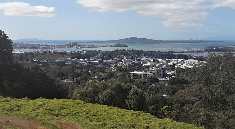 Maungawhau - Views of Newmarket, Parnell, Devonport and Rangitoto