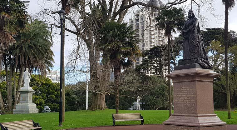 Albert Park - Many important monuments located in this park.