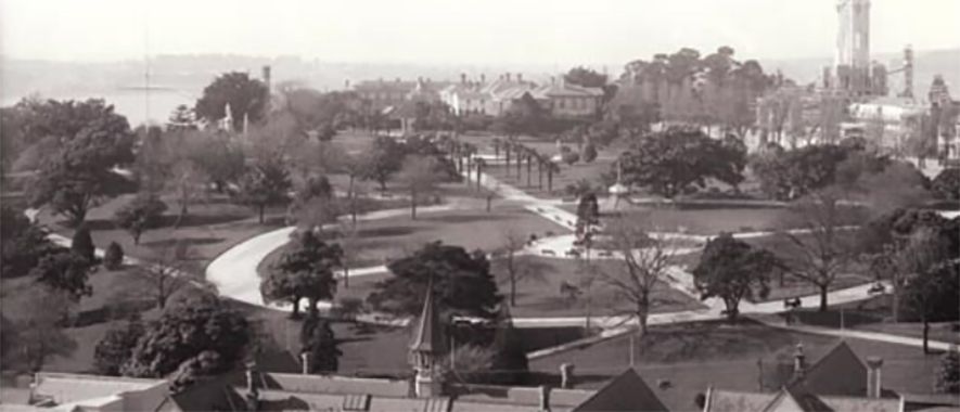 Old photo of The University of Auckland campus